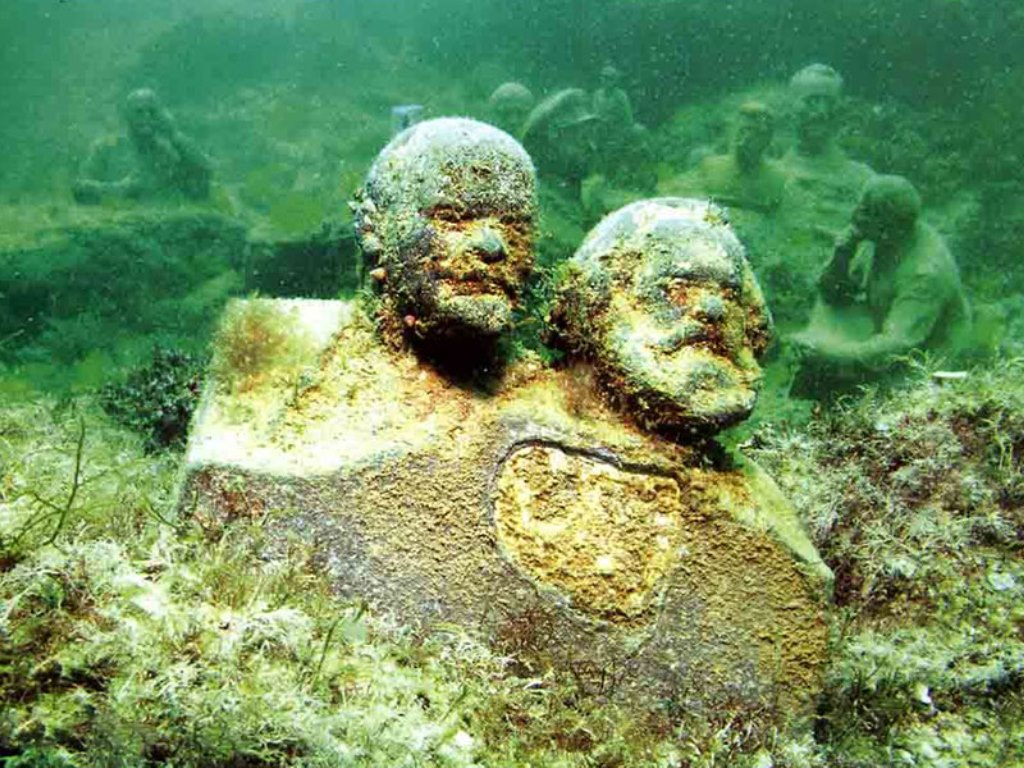Underwater museum Crimea Tarkhankut